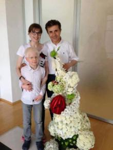 ივანიშვილის საახალწლო ოჯახური ფოტო: რითი არის მორთული მილიარდელის ნაძვის ხე