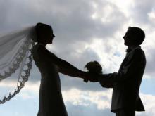 ინცესტი - 18 წლის გოგონა საკუთარ მამაზე  ქორწინდება
