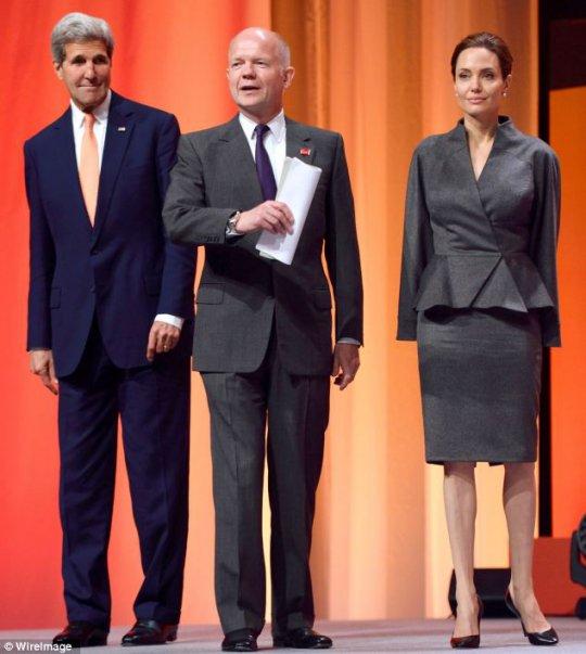 Angelina Jolie / ანჯელინა ჯოლი - Page 7 2014061409220230087