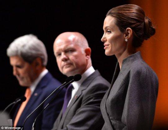 Angelina Jolie / ანჯელინა ჯოლი - Page 7 2014061409250630087