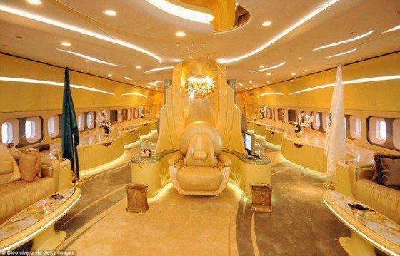 აბდალა იბნ აბდელ აზიზ ალ საუდის თვითმფრინავის ინტერიერი, საუდის არაბეთის მეფე