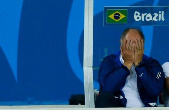 ბრაზილიელი მწვრთნელი სახეს მალავს