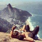 აქ მინდა შენთან ერთად...