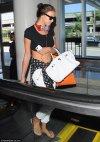 ირინა შეიკი ლაქსის აეროპორტში