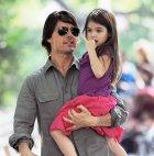 ტომ კრუზი შვილთან ერთად