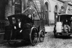 19კმ/სთ  სიჩქარით გადაადგილებისათვის დააჯარიმეს ჯეიკობ ჯერემი 1899 წელს.