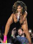 Rihanna-მ მაყურებელი გააგიჟა