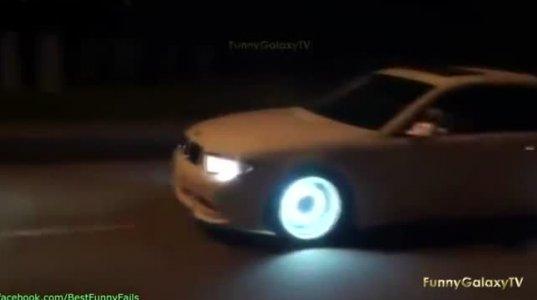 სუპერ BMW