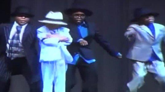 6 წლის ბიჭის ცეკვამ ჯეკსონის სტილში ყველა გააოცა