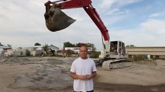 ექსკავატორით გადასხმული წყალი და ტრაგიკულად დასრულებული Ice Bucket