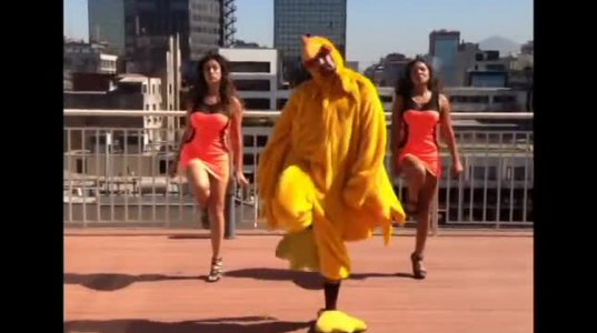 POLLITO PIO-ზე როგორ ცეკვავენ ჩილეში ლამაზმანები